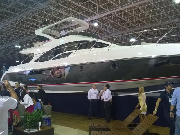Iate da Intermarine de 65 pés (Foto: Lilian Quaino/G1)