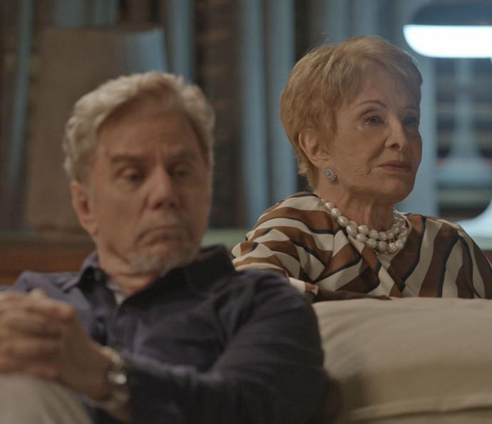 Maurice aposta Stelinha no jogo e perde (Foto: TV Globo)