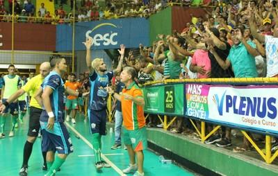 Neo Agostinho, técnico de Curaçá, Copa TV Grande Rio de Futsal (Foto: Amanda Lima)