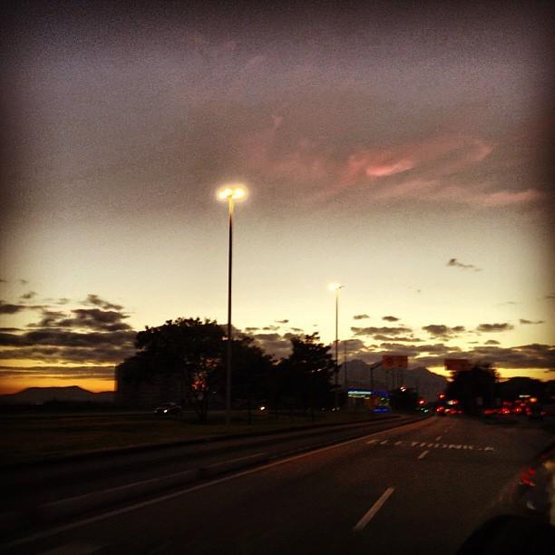 Ex-BBB Fani madruga e posta foto do nascer do sol (Foto: Instagram)