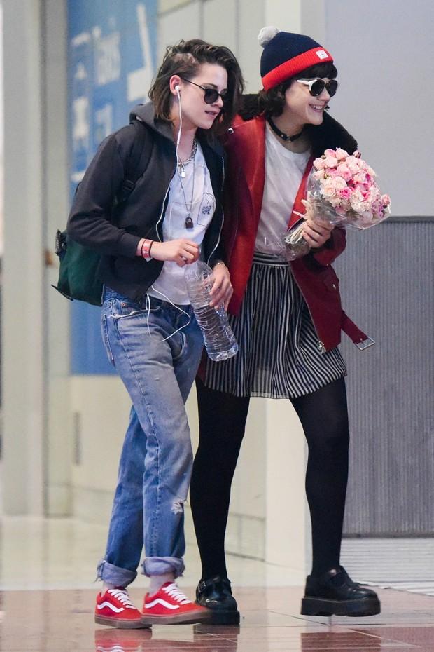 Kristen Stewart e Soko (Foto: AKM-GSI)