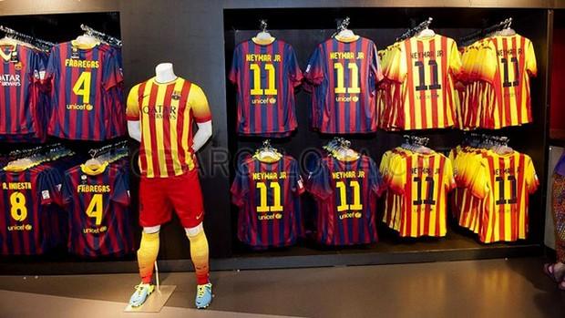 a84e6e9eeb Barcelona confirma Neymar com a 11 e cita atletas que já usaram o ...