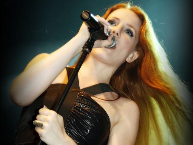 Simone Simons, vocalista da banda Epica, que faz três shows no Brasil em novembro (Foto: Divulgação)