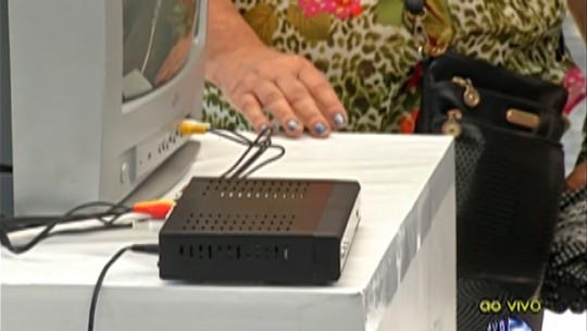 Ação da TV digital tira dúvidas dos moradores de Poá