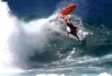 Longe das competi��es, hexa mundial lembra colis�o com surfista no Hava�
