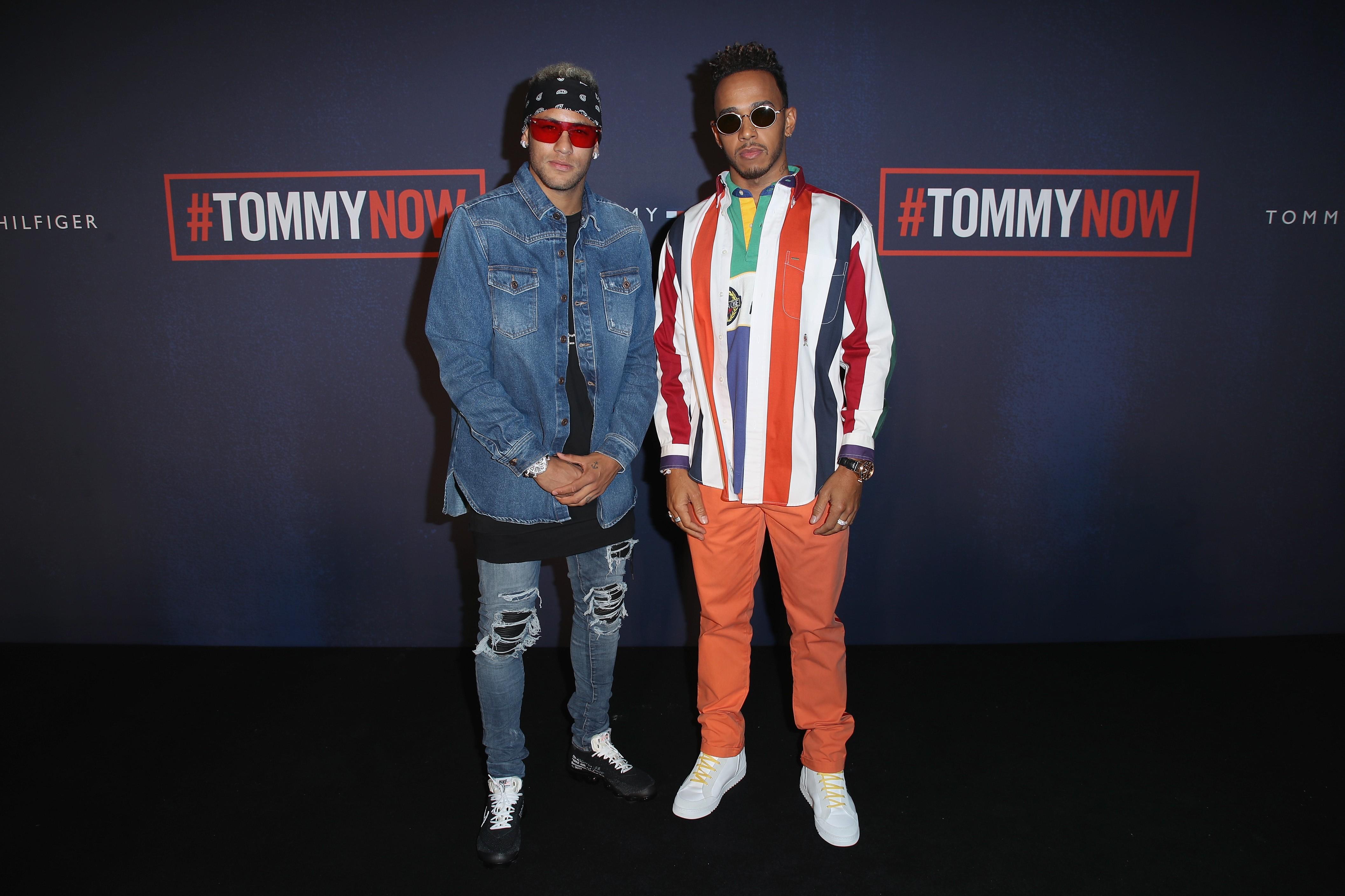 Neymar e Lewis Hamilton no desfile da Tommy Hilfiger (Foto: Mike Marsland/Getty Images)
