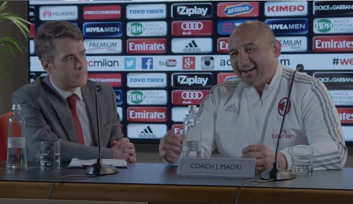 John Maori técnico fictício Milan campanha publicitária