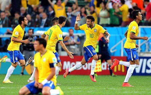 Neymar comemora um dos gols marcados contra a Croácia (Foto: Jefferson Bernardes / VIPCOMM / reprodução Globoesporte.com)