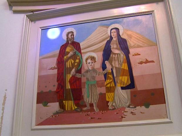 A obra 'A Sagrada Família', de Candido Portinari, exposta na Igreja Matriz de Batatais (Foto: Reprodução EPTV)