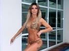 Madrinha de bateria Nagila Coelho posa de biquíni aos 41: 'Melhor forma'