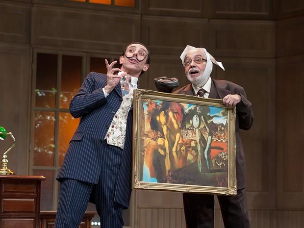 Os atores Cassio Scapin e Pedro Paulo Rangel encenam Dalí e Freud na pela Histeria, atração deste fim de semana no Teatro da Unip, em Brasília (Foto: Deca Produções/Divulgação)