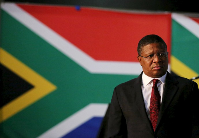 Fikile Mbalula , ministro áfrica do sul (Foto: Reuteurs)