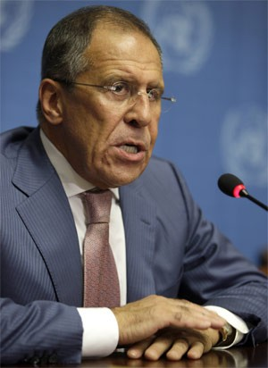 Serguei Lavrov, da R&#250;ssia, fala a jornalistas ap&#243;s reuni&#227;o na Su&#237;&#231;a. (Foto: Reuters)
