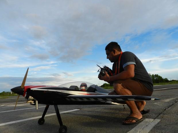 Preparação antes dos voos é importante para evitar problemas (Foto: Bruno Perez/G1 RR)