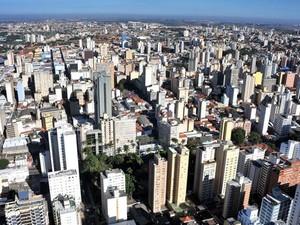 Vista aérea do centro de Campinas (Foto: João Mauricio Garcia/G1)
