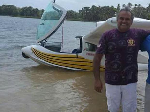 José do Vale Filho estava retornando do município de Arari quando ultraleve desapareceu (Foto: Arquivo pessoal/Divulgação)