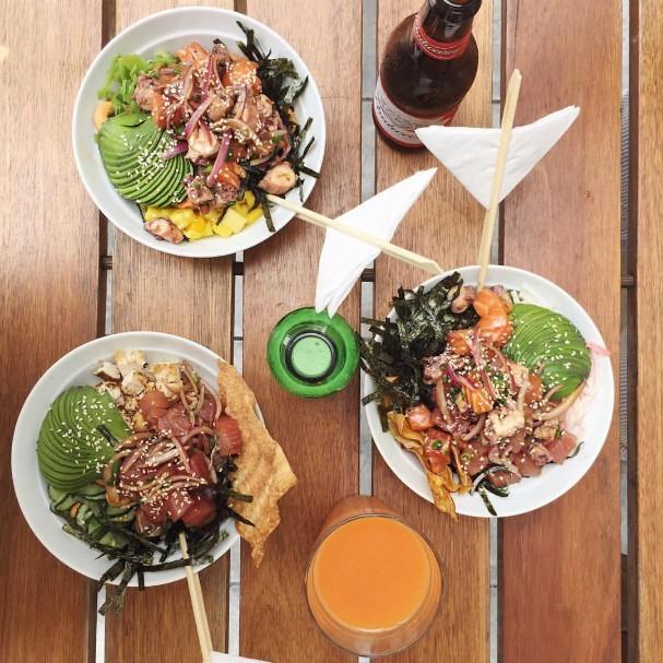 Poke duas vers es da del cia havaiana para uma refei o for Ingredientes para comida