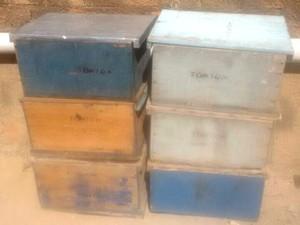 Caixas de abelha apreendidas com o preso (Foto: Reprodução/Polícia Militar)