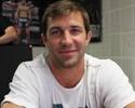 Rockhold aposta em misto de jiu-jítsu com wrestling para bater Philippou
