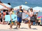 Patrícia Poeta vai à praia com a família