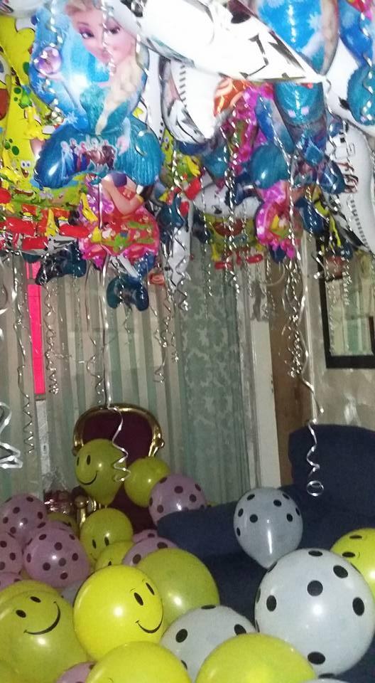 Decoração da festa das crianças do centro espírita que Pepê e Neném frequentam (Foto: Reprodução / Facebook)