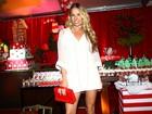 Adriane Galisteu, Ticiane Pinheiro e outros famosos prestigiam festa em SP