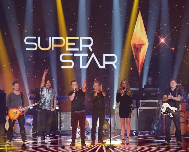 Tianastacia no palco do SuperStar (Foto: Isabella  Pinheiro/Gshow)