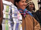 Eleição na Bolívia tem cédula gigante, festa frustrada, vaias e mortes