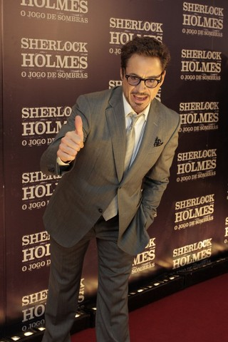 Robert Downey Jr na première de Sherlock Holmes no Rio (Foto: Felipe Panfili e Roberto FIlho / AgNews)