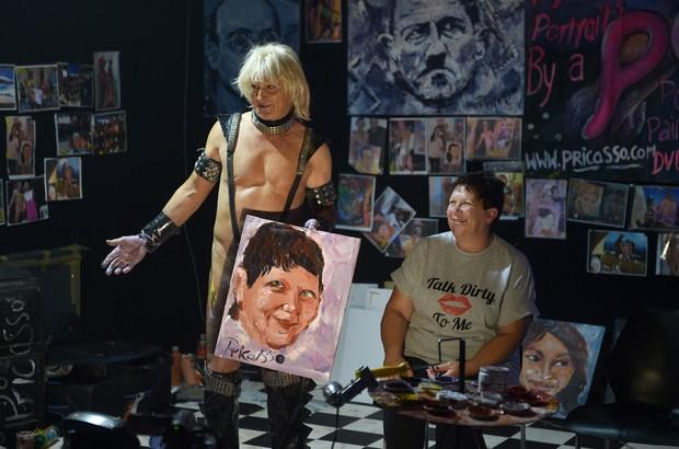 'Pricasso' foi uma das atrações da feira erótica de Sydney, na Austrália (Foto: Peter Parks/AFP)