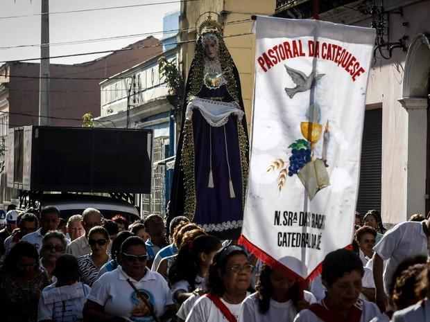 Imagem de Nossa Senhora das Dores saiu da igreja de São João (Foto: Tarso Sarraf/O Liberal)