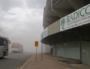 Demolição do Estádio Olímpico (Foto: Diego Guichard)