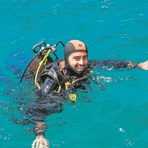 """Ricardo Pereira grava """"Mar salgado"""", coprodução da SIC com a Globo (Foto: Divulgação/SIC)"""
