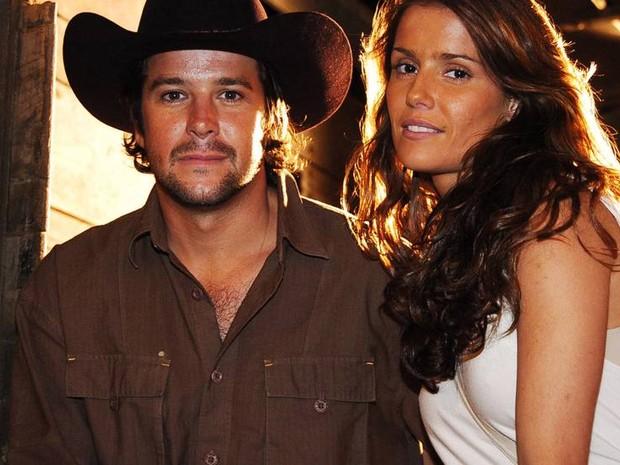 Murilo Benicio e Deborah Secco nos bastidores da novela América, da TV Globo (Foto: Divulgação/TV Globo)