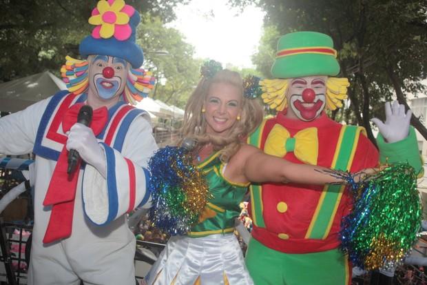 Carla Perez no carnaval de Salvador (Foto: Wallace Barbosa e JC Pereira e Vinicius Eduardo/AgNews)