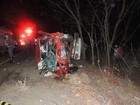 Mãe e filho morrem em acidente na MG-401, no Norte de Minas Gerais