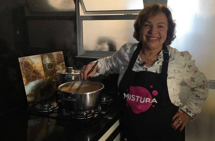 Esse sábado tem Mistura e a primeira vovó na cozinha, inscrita pelas netas!  (Foto: RBS TV/Divulgação )