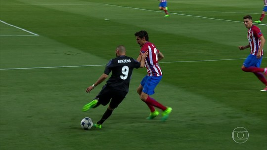 """Benzema explica drible mágico no gol de Isco em poucas palavras: """"Nem pensei"""""""