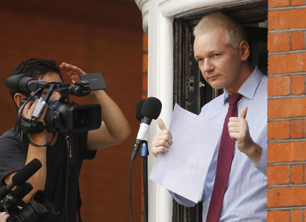 Julian Assange (Foto: AP Photo/Sang Tan)