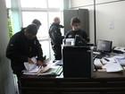 Polícia Civil apreende documentos em setor da Prefeitura de Carandaí, MG