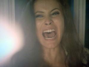 Carmen acaba sendo vítima da própria armação (Foto: TV Globo)