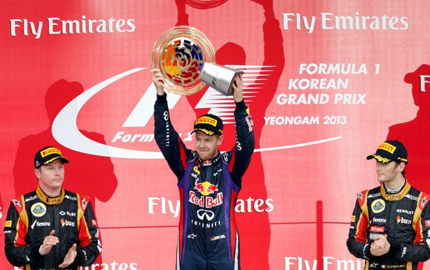 pódio gp da coreia Vettel RBR Raikkonen grosjean lotus  (Foto: Agência Reuters)