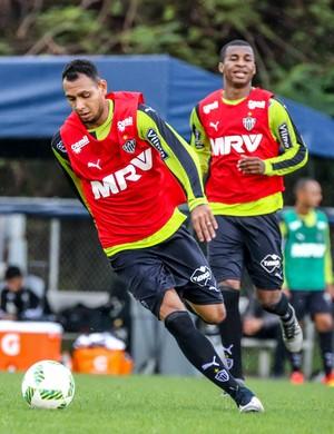 Atlético-MG; Mansur; Erazo (Foto: Bruno Cantini/CAM)