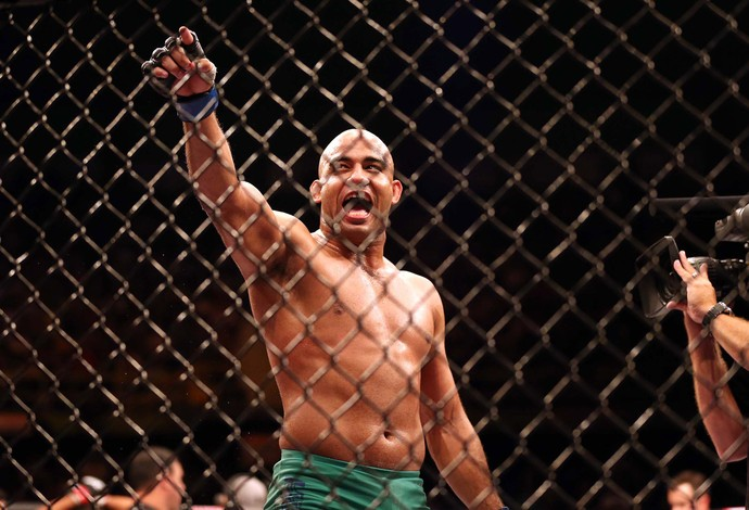 UFC TUF 3 Warley Alves x Marcio Myoto (Foto: Marcos Ribolli)