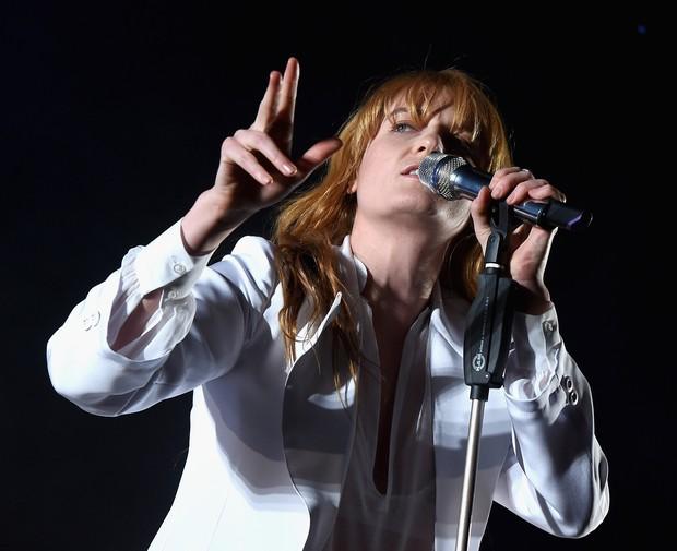 Florence Welch, do Florence and the Machine, se apresenta no Coachella em Indio, na Califórnia, nos Estados Unidos (Foto: Kevin Winter/ Getty Images/ AFP)