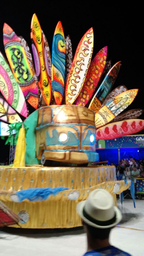 Pranchas Carnaval Florianópolis União da Ilha da Magia (Foto: Fabian Londero/RBS TV)