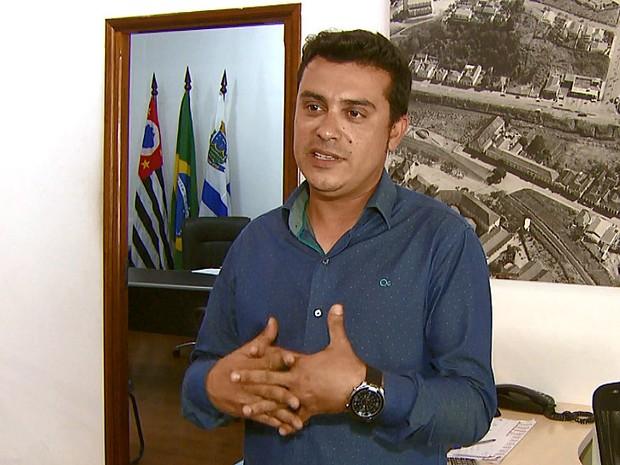 Sobrinho do prefeito disse que não se sentiu desconfortável com o convite (Foto: Eder Ribeiro/EPTV)