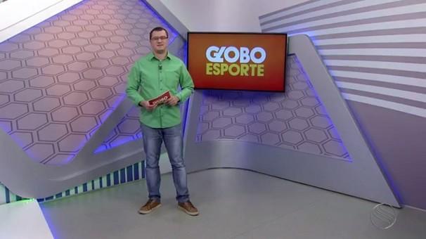 Thiago Barbosa apresenta o GE Sergipe durante este mês (Foto: Divulgação/TV Sergipe)