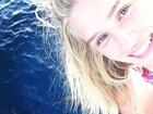 Em lua de mel nas Maldivas, Fiorella Mattheis se encanta com golfinhos