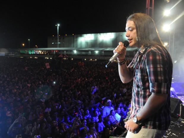 Show da banda Garota Safada, no São João da Capitá (Foto: Rafaella Torres / G1)